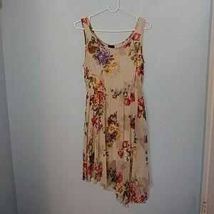 Floral asymmetrical high low sleeveless dress